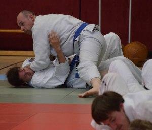Gabi und Renee beim Brazilian Jiu-Jitsu